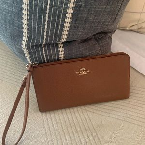 Coach Wallet in Saddle Color
